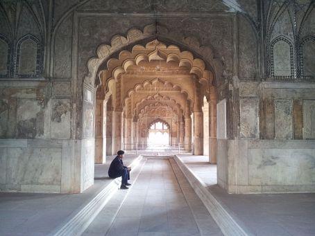 File:The lone sentry of Rang Mahal.jpg
