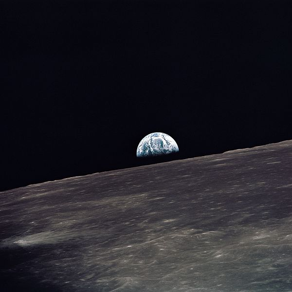 File:Apollo 10 earthrise.jpg