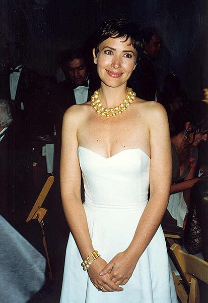 Janine Turner is Interesting Today. Probably Because You All Forgot Who She Was.