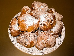Oliebollen from Belgium and the Netherlands(ho...