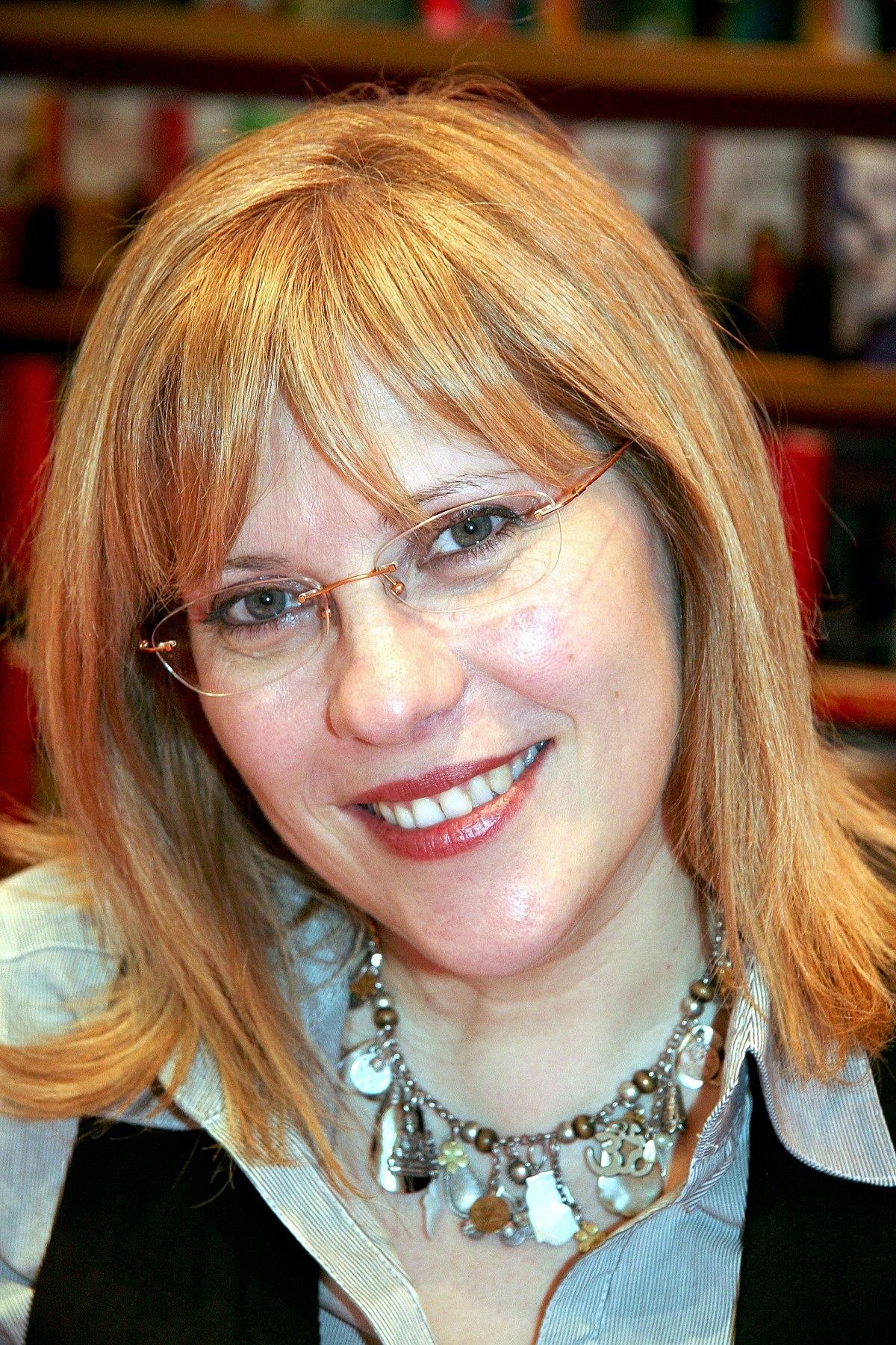 Annie Pietri Wikipedia