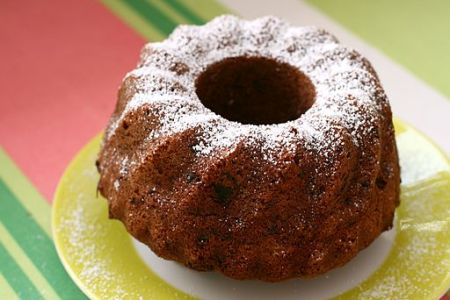 Small Bundt Cake on yellow and white plate