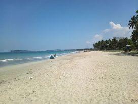 Uppveli Beach in Trincomalee, Sri Lanka