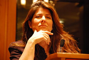 Author Naomi Wolf speaking at an event hosted ...
