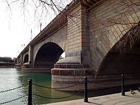 London Bridge (Lake Havasu City), Arizona, USA