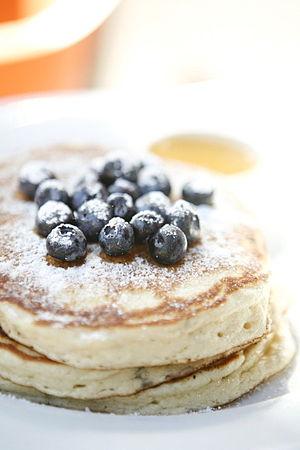 English: Neil's (Neil Kleinberg) blueberry pan...