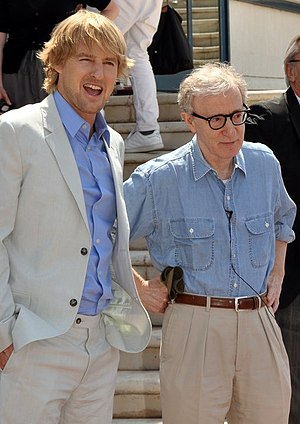 English: Owen Wilson and Woody Allen at the Ca...