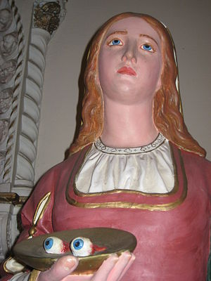 English: Statue of Santa Lucia at Saint Leonar...