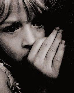 File:Scared Child at Nighttime.jpg