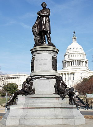 Picture of monument to James A. Garfield
