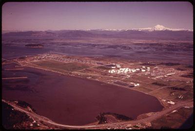 File:OIL TANK FARMS AT ANACORTES, ON FIDALGO ISLAND IN ...