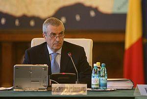 Călin Popescu-Tăriceanu at a government meeting