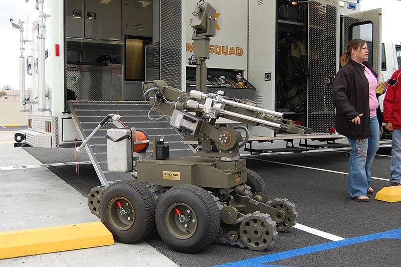 File:LA County Sheriff Bomb Robot 2.JPG