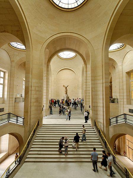 Ficheiro:Daru staircase Louvre 2007 05 13.jpg