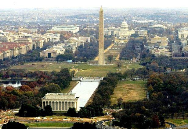WashingtonDCMallAerialNavyPhoto crop
