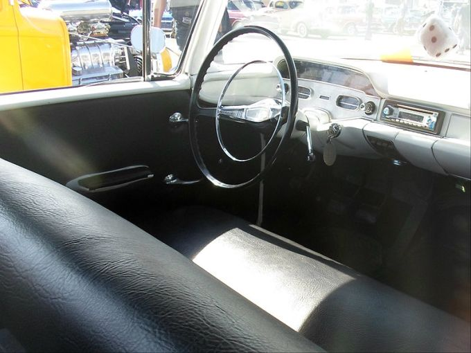 1958 chevrolet cars » File 1958 Chevrolet Biscayne Custom interior  8025381137  jpg     File 1958 Chevrolet Biscayne Custom interior  8025381137  jpg