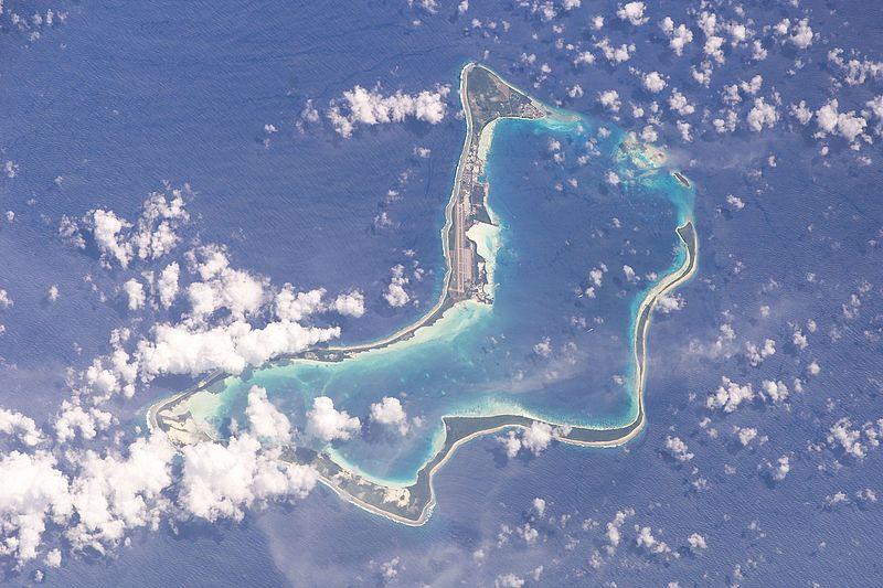 Datei:Diego Garcia (satellite).jpg