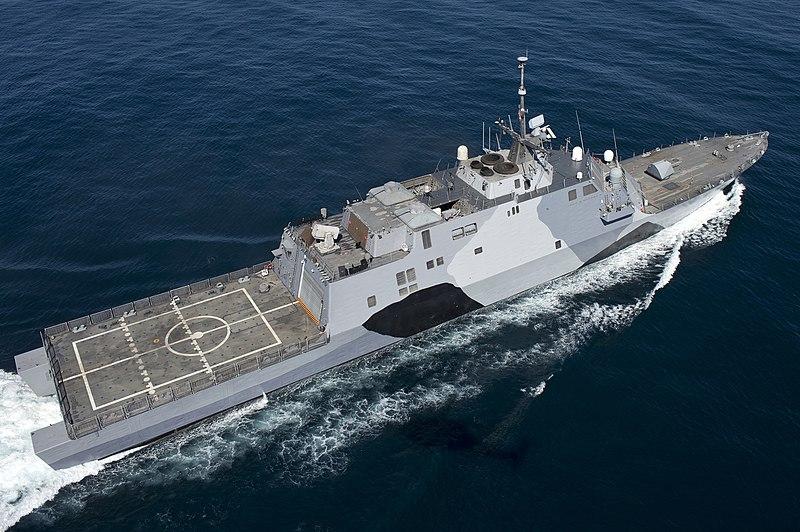 File:USS-Freedom-rear-130222-N-DR144-367.jpg