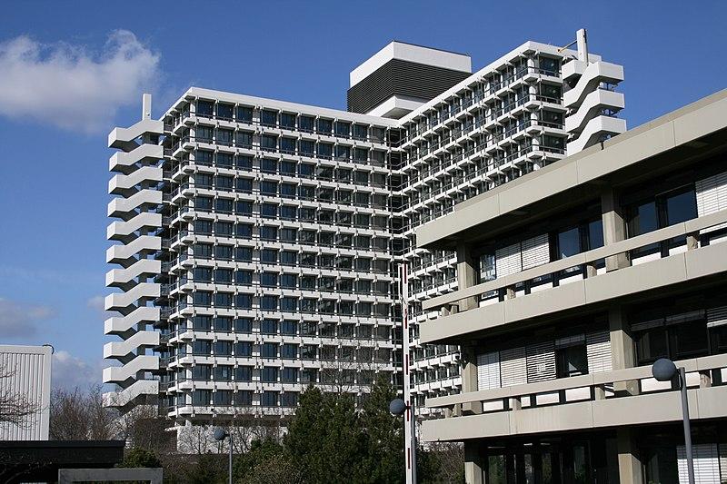 Archivo: Ministerio Federal de Educación e Investigación Bonn.jpg