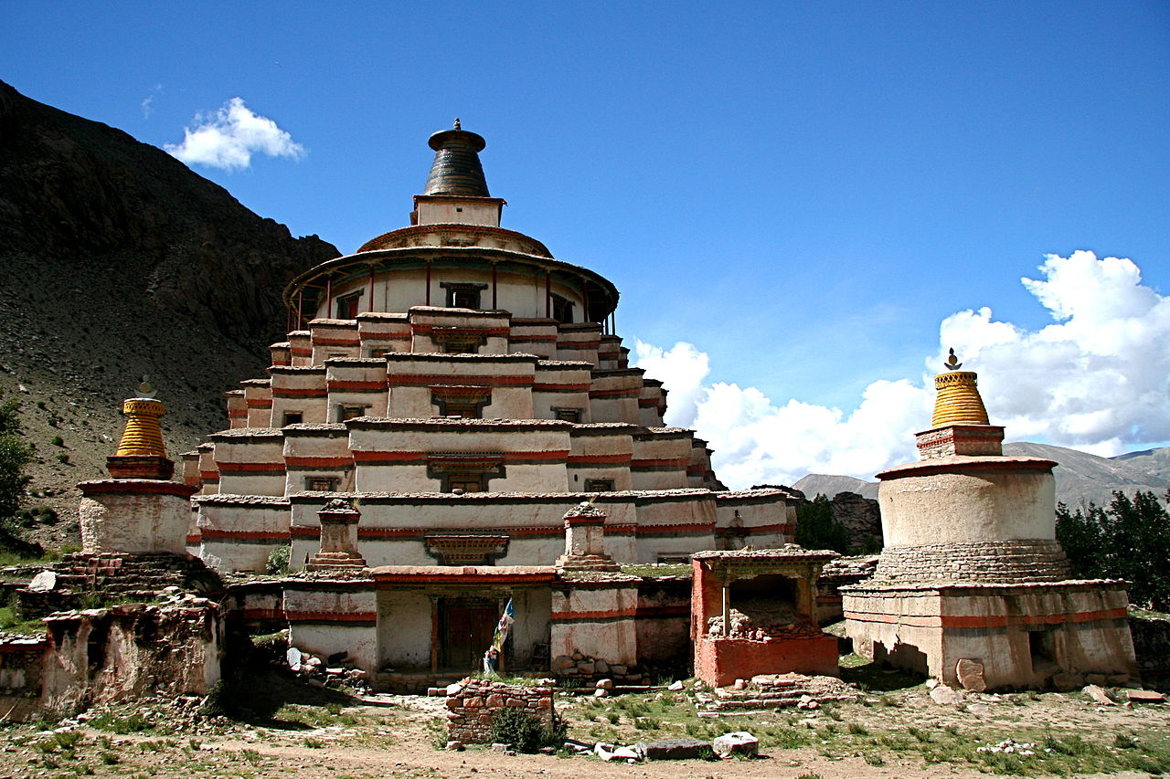 File Dolpopa S Great Stupa At Jomonang Tibet Jpg