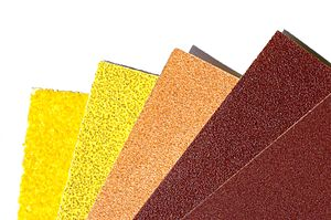 Sandpaper in different grits (40, 80, 150, 240...