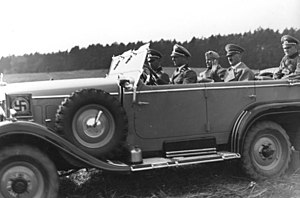 Hitler and Mussolini on war manoeuvres (1937)