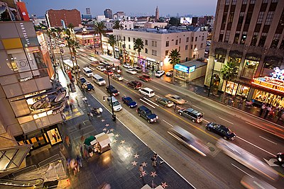 File:Hollywood boulevard from kodak theatre.jpg