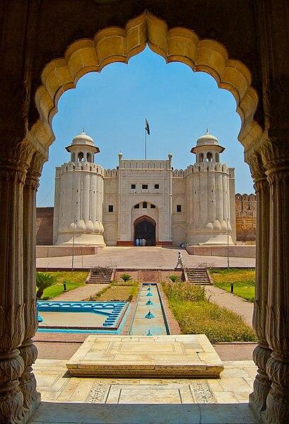 File:Lahore Fort.jpg - Wikimedia Commons