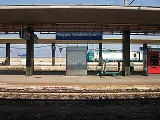 Singles De Reggio Di Calabria Centrale Train Stations