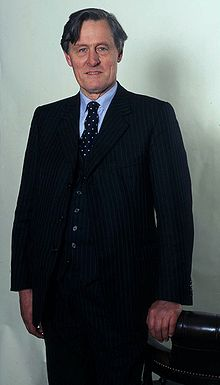 The 8th Duke of Montrose Allan Warren.jpg
