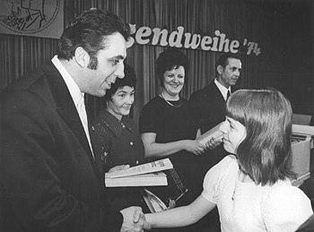 Bundesarchiv Bild 183-N0331-0022, Berlin, Juge...