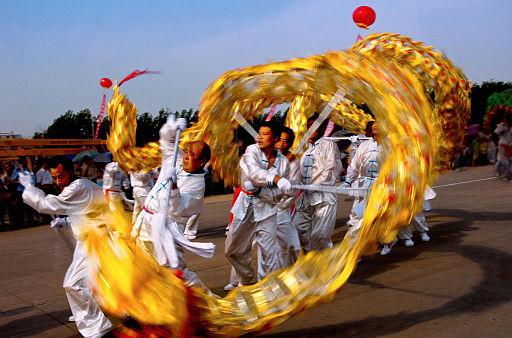 Dragon dance at China 1