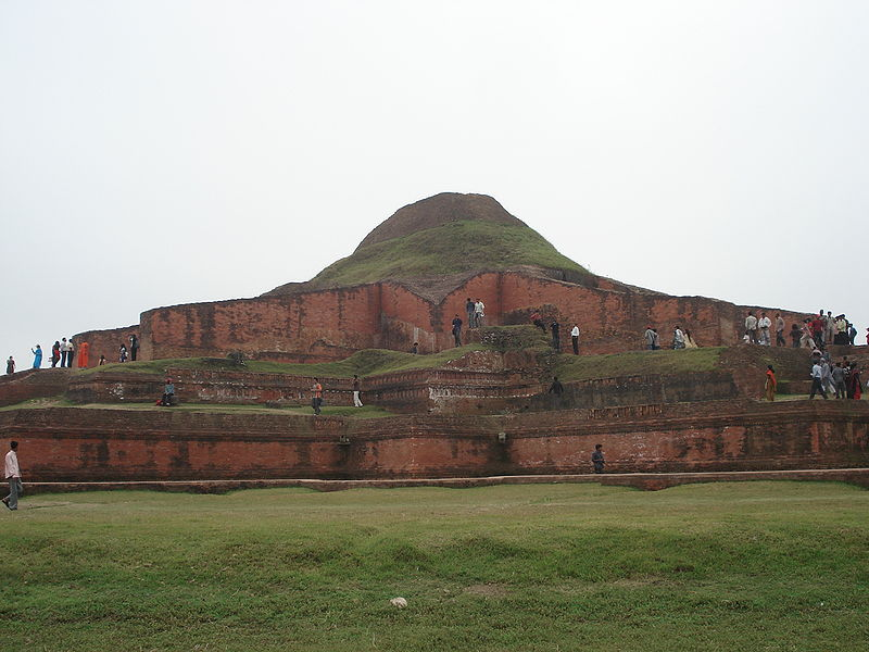File:Paharpur 03.JPG