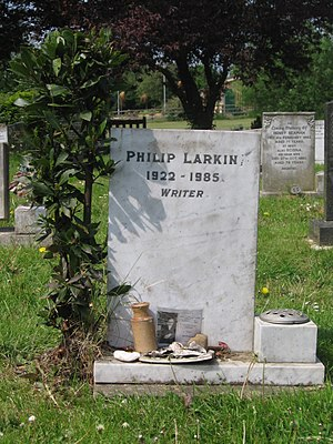 English: Philip Larkin's headstone at Cottingh...