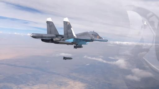 Soukhoï frappant une position ennemie en Syrie