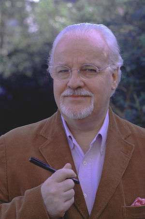 English: Photograph of author/illustrator Ian Beck