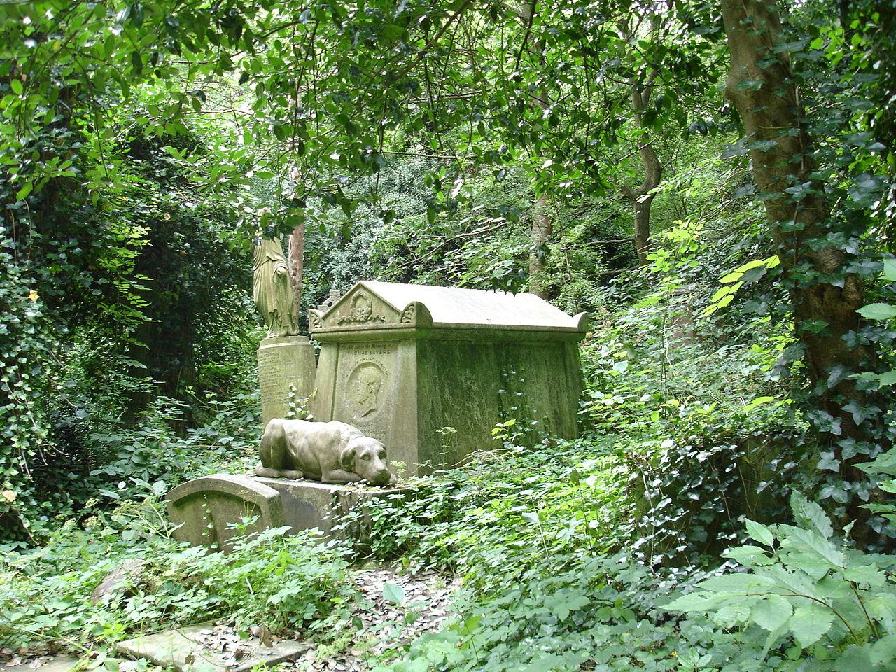 Tom thumb statue robada del cementerio