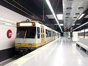 """La l�nea 1 en la estación de """"Torrent Avinguda""""."""
