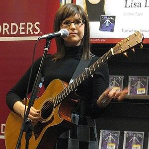 American singer Lisa Loeb at a Borders store p...