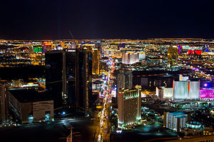 English: Las Vegas Strip from Stratosphere tower