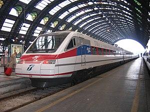 ETR480-33 T-BIZ of Ferrovie dello Stato. Stazi...