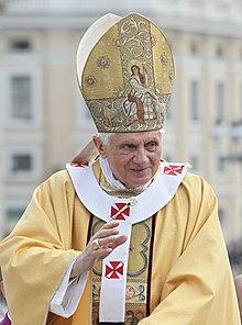 Benedykt XVI (2010-10-17) 2.jpg