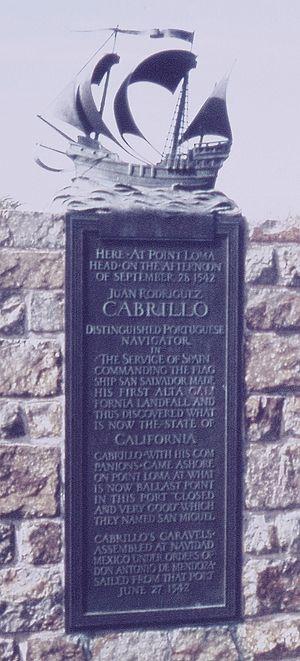 English: Commemorative Plaque at the Cabrillo ...
