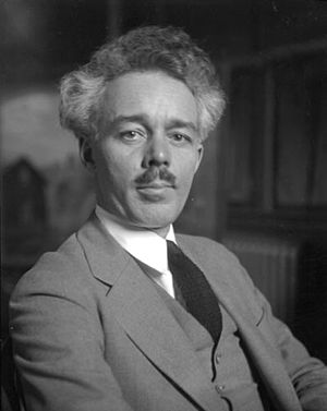 English: Title: Lawren Harris at his studio So...