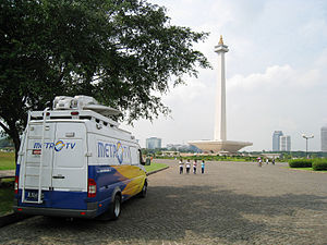 English: Metro TV News Van at Merdeka Square, ...