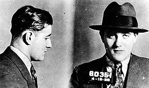 English: Mugshot of Jewish-American mobster Be...