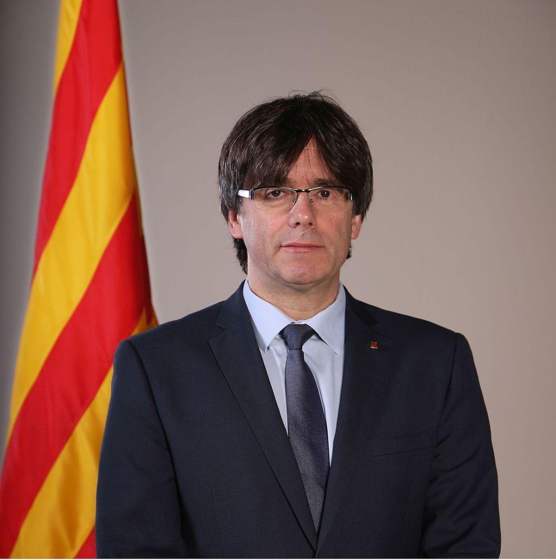 Carles Puigdemont ile ilgili görsel sonucu