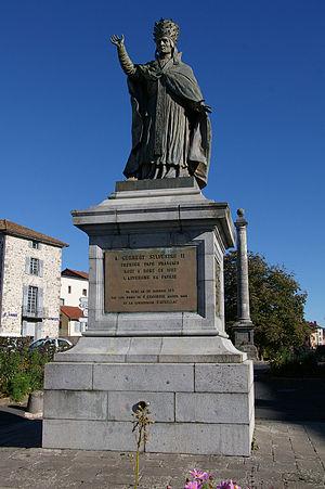 """Statue du pape Gerbert appelé """"Sylvestre ..."""
