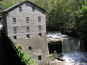 English: Lanterman's Mill in Mill Creek park -...