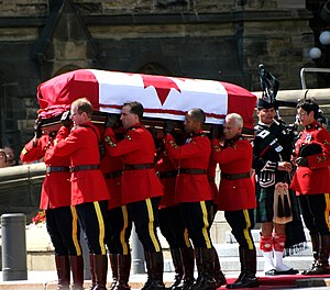 English: Honour guard for Jack Layton.
